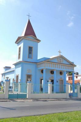 20100706162230-8-de-la-caridad-catolica.jpg