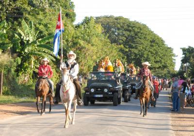1 - Pinareños honran a los mártires caídos